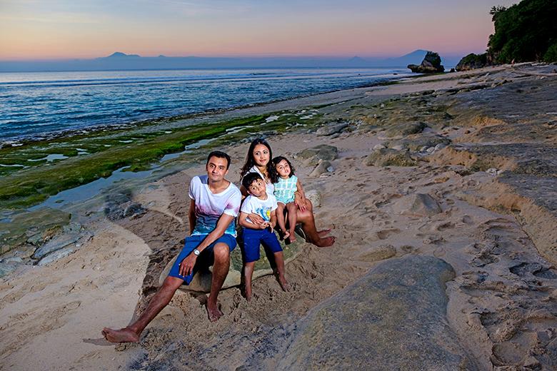 Family Photo in Bali : Patel family – photographer in Bali